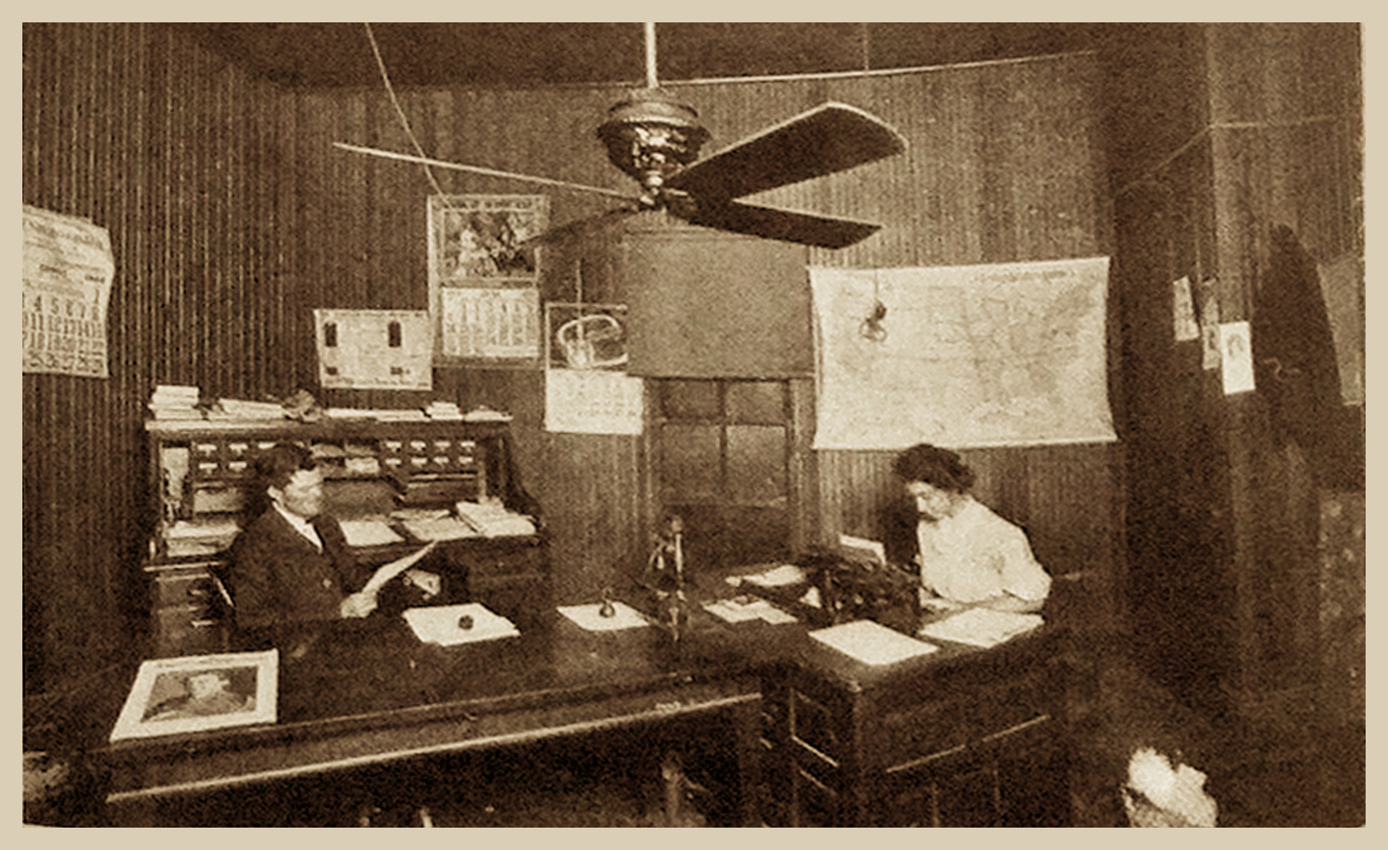 Interior J.S. Hunt's Office [at left] at Hodge, La. (1909)