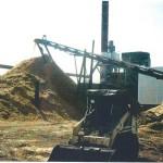Chip conveyor and storage pile